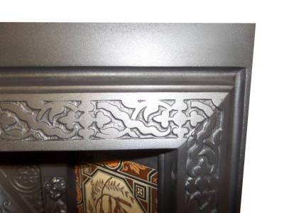 ANTIQUE VICTORIAN PERIOD TILED INSERT